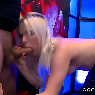 Amazing blowjob on big dick with cumshots