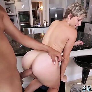 Amateur girls fucking each other Small Girl Problems