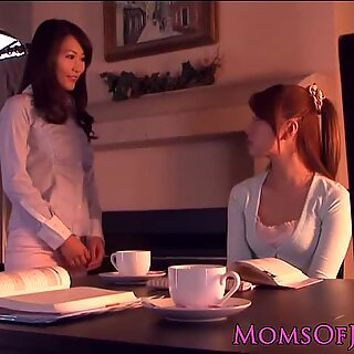 Korean MILF spoils younger hairy pussy