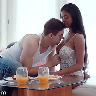 EroticaX - Busty & Beautiful Nia Nacci Erotic Morning Fuck