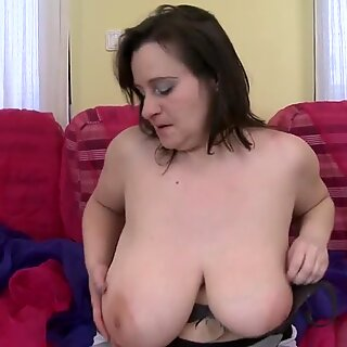 British mom with huge tits and old cunt