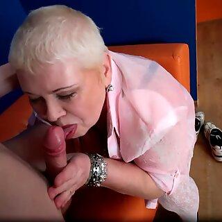 BBW granny getting anally plowed form behind