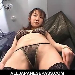 Ai Yumemi Japanese babe gets her pussy licked and gives a blowjob