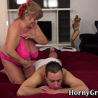 Masseuse granny spunked