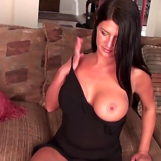 Hot cougar mom with shaved hungry cunt