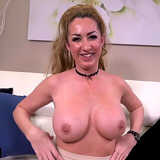Janna Hicks loves having cock between her big tits