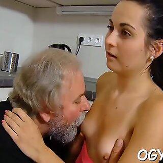 Juvenile nympho licks old ding-dong