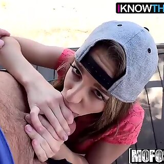 (Kimmy Granger) - Kimmy Granger bangs in a Tree - I Know That damsel
