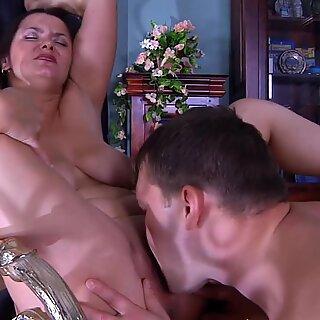 Russian Mature - Emilia legal