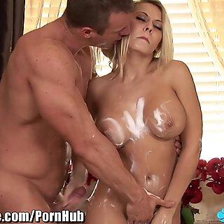 SoapyMassage cougar Madison Ivy Gets Soap Everywhere